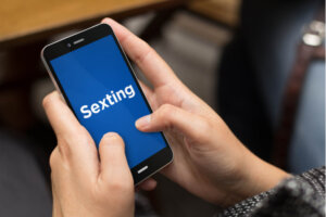 Sexting älypuhelimella